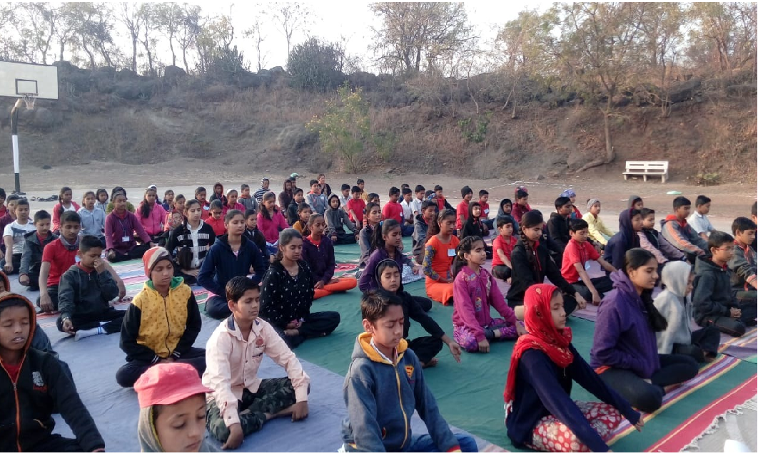6-01-2019 Anapan introduction camp at Navonmesh Vidyalay Chakan district Khed conducted on 6 th Jan 2019.About 150 students from three different schools and about 20 teachers attended this session